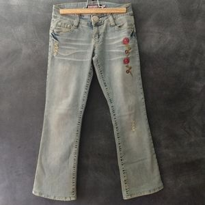 BUBBLEGUM USA | Vintage Bootcut Embroidered Jeans